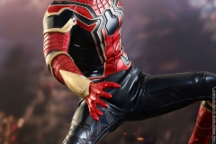 marvel-avengers-infinity-war-iron-spider-sixth-scale-hot-toys-903471-11