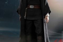 star-wars-luke-skywalker-crait-sixth-scale-figure-hot-toys-903743-10