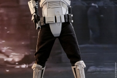 star-wars-solo-patrol-trooper-sixth-scale-figure-hot-toys-903646-03