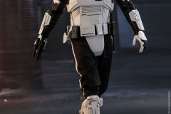 star-wars-solo-patrol-trooper-sixth-scale-figure-hot-toys-903646-06