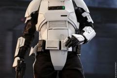 star-wars-solo-patrol-trooper-sixth-scale-figure-hot-toys-903646-09