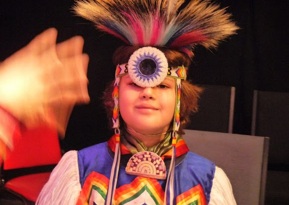 Dancer Ciaran Tufford (Mayan, Cherokee and Creek) Photo by Suzanne Trouve Feff.