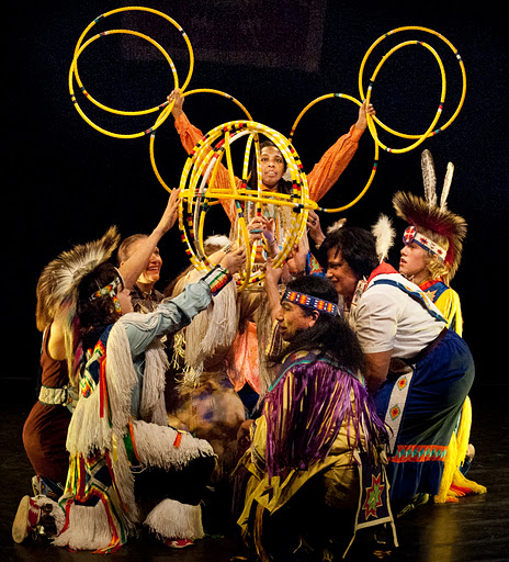 Hoop Dance in 2011 Pow-Wow.  Photo by Lee Wexler Images for Innovation