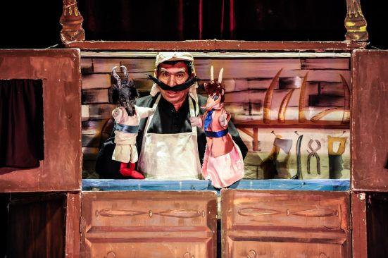 "Azerbaijani puppet show ""Shangulum - Shungulum,"" a favorite among children"