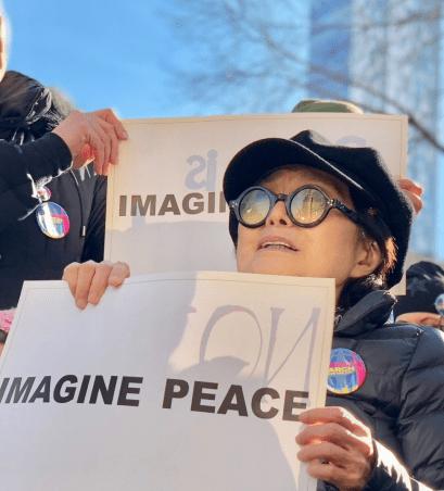 Yoko Ono at #womensmarch2018 | iCultWorld Photo