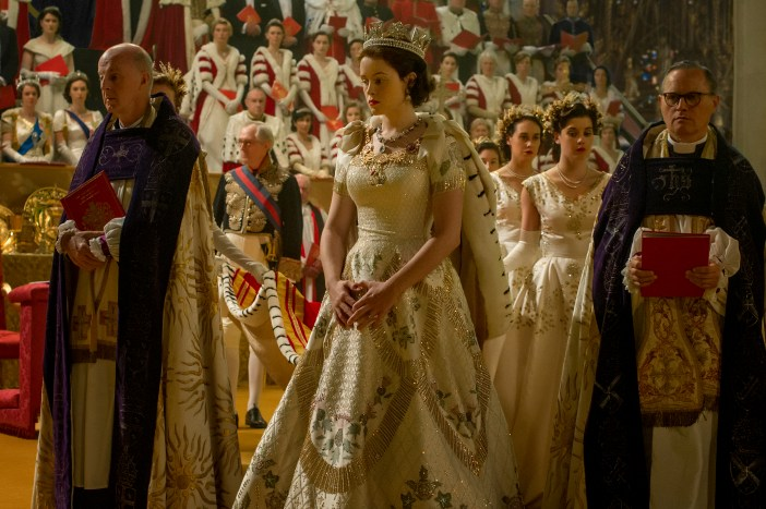 The crown : God save the Queen !