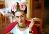 Frida-Kahlo-1907-54The-Mexican-painter-is-best-known-for-self-portraits-and-usually-depicted-herself-with-both-moustache-and-monobrow.-Rejecting-conventional-standards-of-beauty-she-not-only-refused-to-pluck-but-groomed-them-and