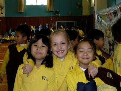 Photo is of Kira Gregory and her primary school friends.