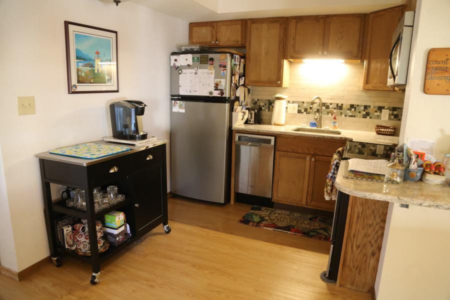 Kitchen 2 BR Deluxe