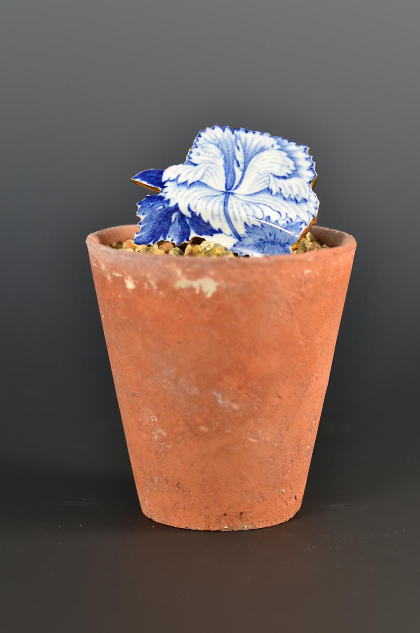 Scott's Cumbrian Blue(s) (Blue and White) Flower Pot No:3