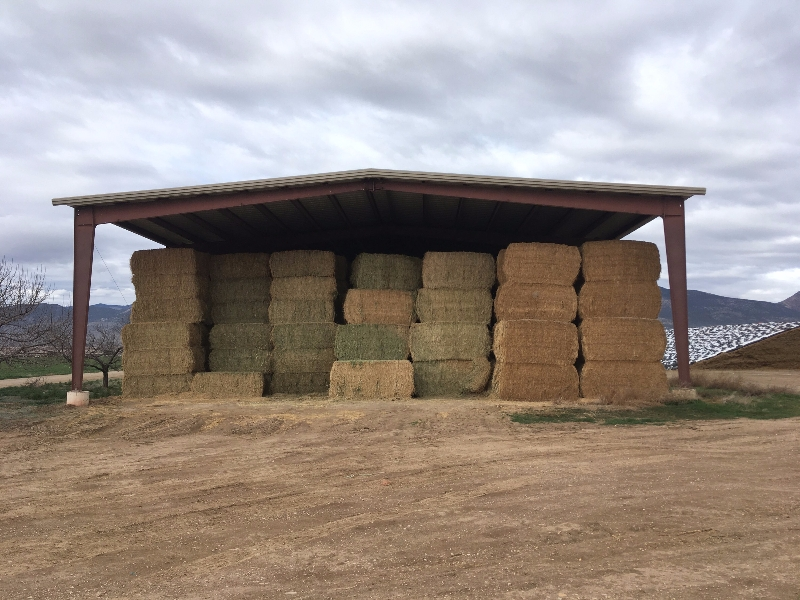 cropped-hay-barn.jpg