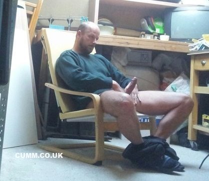 wanking to porn better loverd dad lad