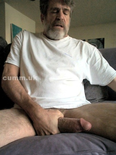 Me-and-my-BIG-penis-BIG-MATURE-DICKED-TONY