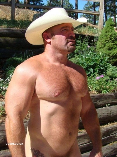 3 Circle Adorabear muscle daddy naked cowboy