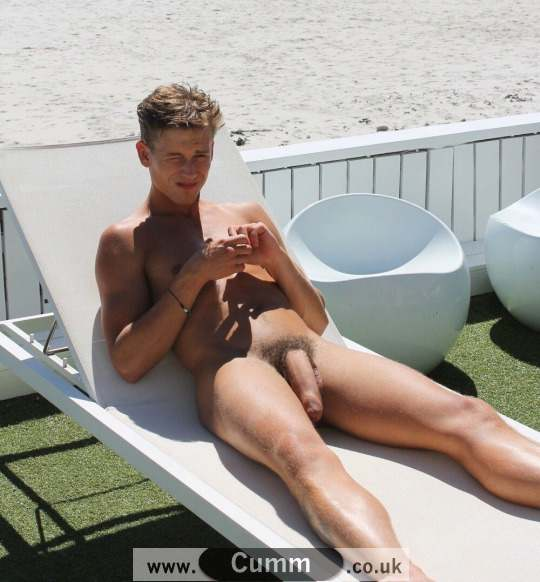 perfectly hung nude lad in public