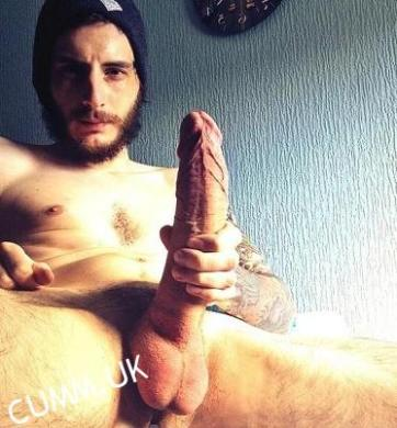 Malcom the musician with the biggest penis