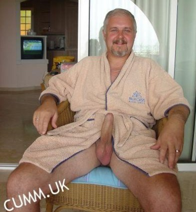 silver daddy naked erect waiting for your lips and hips