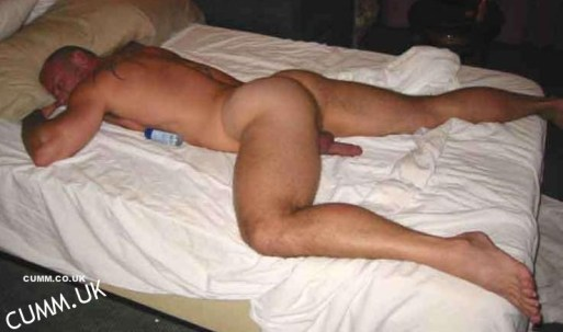 straight-men-sleeping-erect