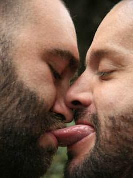 Rugby-type blokes kissing men kiss01