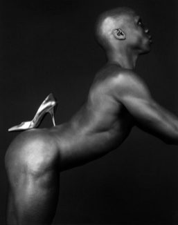 Robert-Mapplethorpe-ken-moody