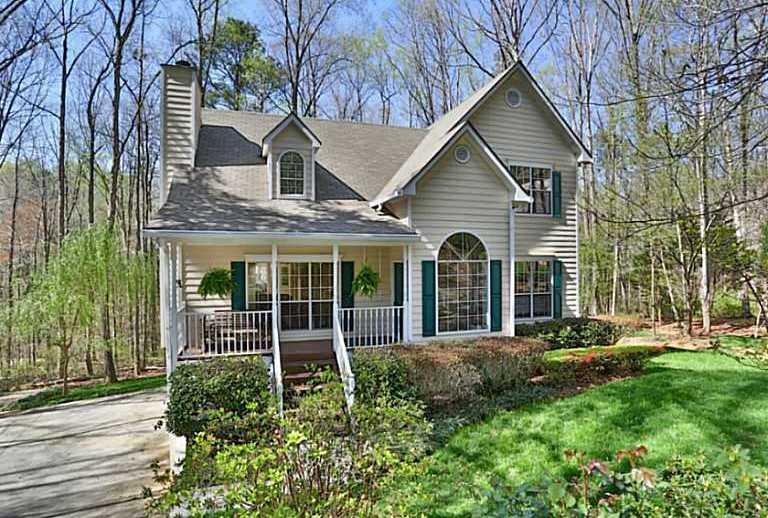 Homes For Sale Near Lake Lanier GA In Little Mill Landing
