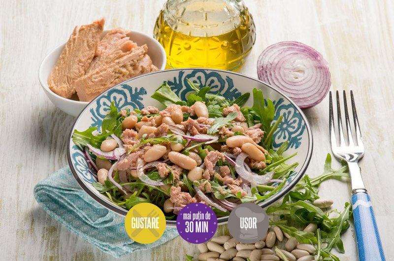 salată cu ton și fasole boabe