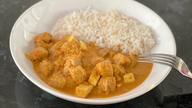 Curry gătit de Andrei Ropcea sau Randi