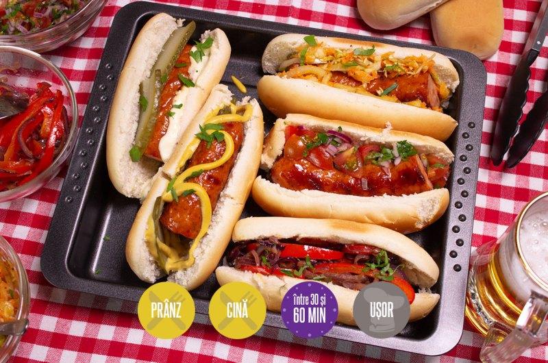 hotdog cu cârnați la grătar