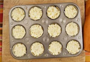 2012-10-25-bacon-breakfast-cupcakes-2-580