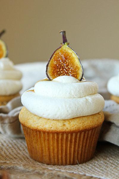Honey Cupcakes with Mascarpone Frosting