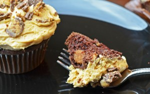 Reese-Peanut-Butter-Cupcake-1