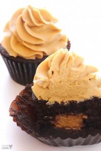 Chocolate-Peanut-Butter-Cupcakes-15