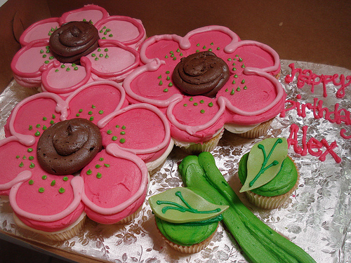 Cupcake Cakes for… Mother's Day