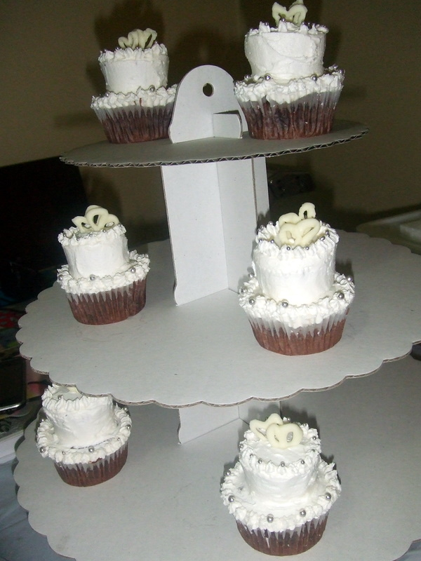 Mini 2 Tiered Wedding Cupcakes Cupcake Ideas For You