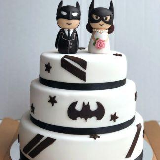 торт свадебный супергерои