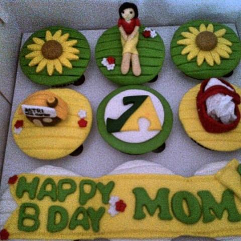 Birthday Cupcakes untuk Mom Nuansa Hijau Kuning