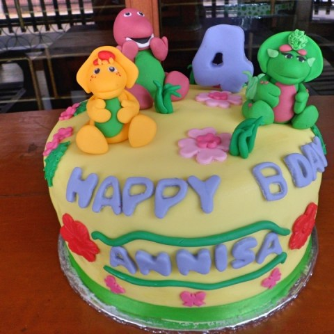 Cute Birthday Cake Tema Karakter Barney & Friends