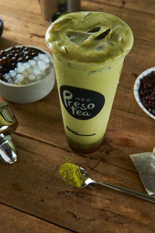 presotea matcha latte with red bean and white pearls
