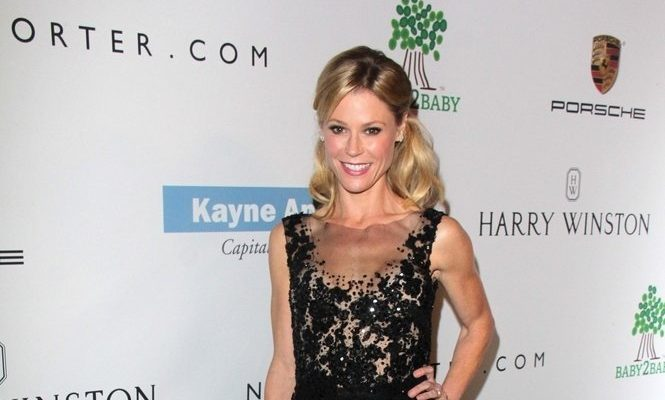 Cupid's Pulse Article: Celebrity Divorce: 'Modern Family' Star Julie Bowen Files for Divorce from Husband Scott Phillips