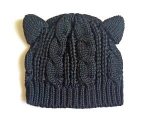 Caciula calduroasa cu urechi de pisica