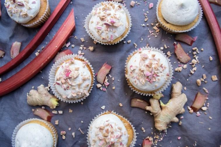 Rabarbercupcakes med ingefær og vanilje 005