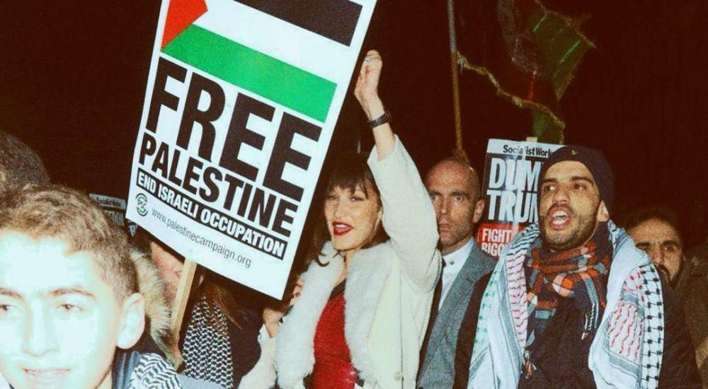 Bella Hadid, licenziata da Dior per il supporto alla Palestina: siamo sicuri che non sia una fake news?