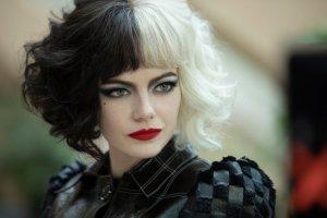 Cruella: Emma Stone spiega perché non fuma nel film