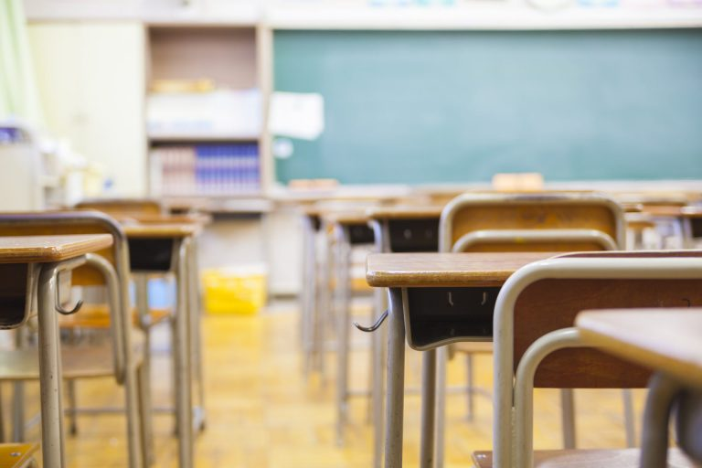 L'esperienza del primo giorno di scuola dopo Covid-19, ma la pandemia non è l'unico problema
