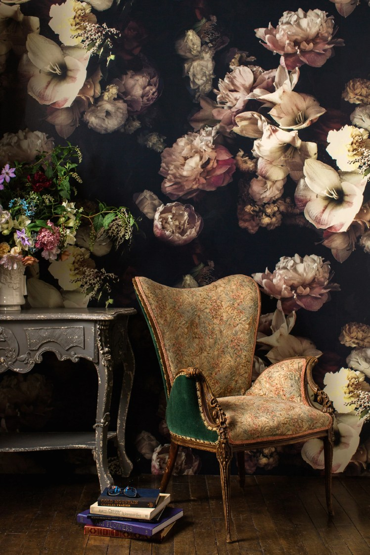 bold dark floral wallpaper