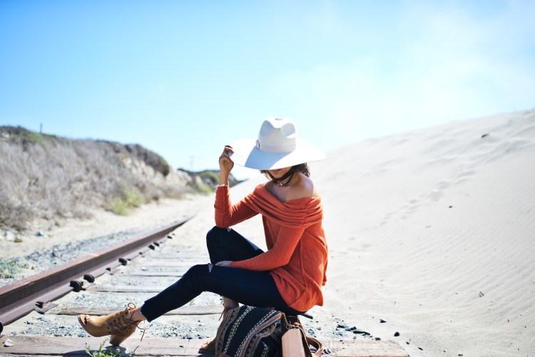 cuppajyo-styleblogger-fashion-lifestyle-travel-pinkarrowsboutique-freepeople-fallfashion-offtheshoulder-sweater-7