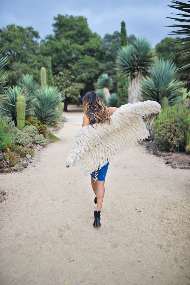 cuppajyo-sanfrancisco-styleblogger-fashion-travelblogger-fallfashion-shaggycoat-denimdress-sedonaeast-raga-minkpink-bohochic-6