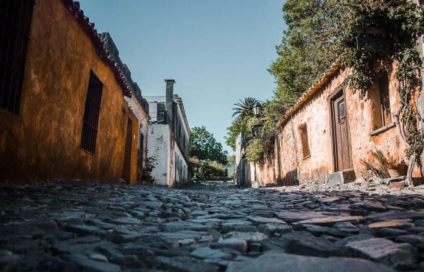 La Calle de los suspiros - street of sighs | Colonia del Sacramento Uruguay