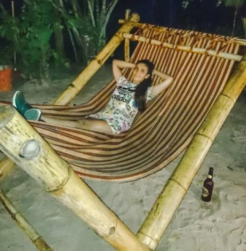 where to stay things to do in montañita ecuador