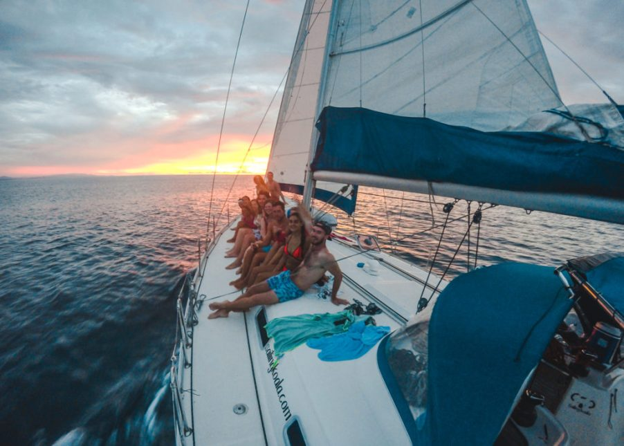 How to book a San Blas Islands boat tour bluesailing Sailing Koala X San Bas Adventures Colombia to Panama boat